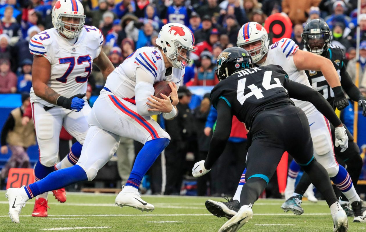 Buffalo Bills quarterback Josh Allen (17) rushes for a touchdown against Jacksonville during the fourth quarter at New Era Field in Orchard Park, Sunday, Nov. 25, 2018. (Harry Scull Jr./Buffalo News)