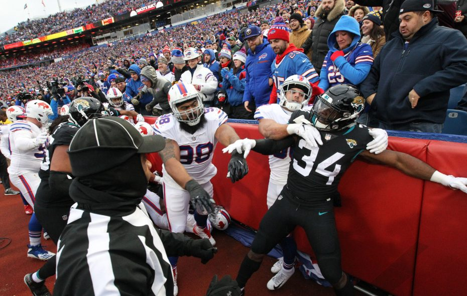 Players from the Bills and Jaguars scuffled Sunday. (James P. McCoy/Buffalo News)