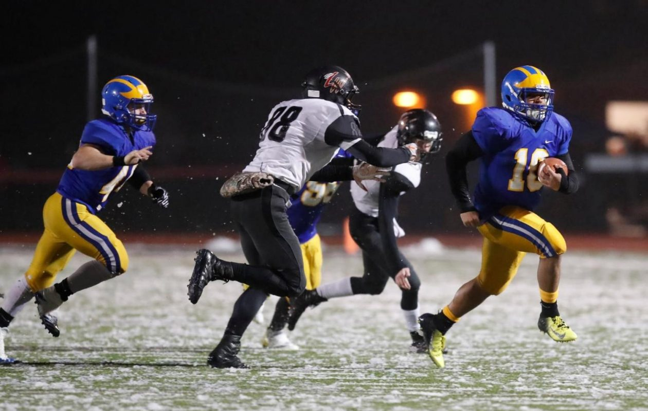 Cleveland Hill running back Aaron Wahler (10) carries the ball in the Golden Eagles' 54-6 win against Letchworth/Warsaw on Friday at Clarence High School. (Harry Scull Jr./The Buffalo News)