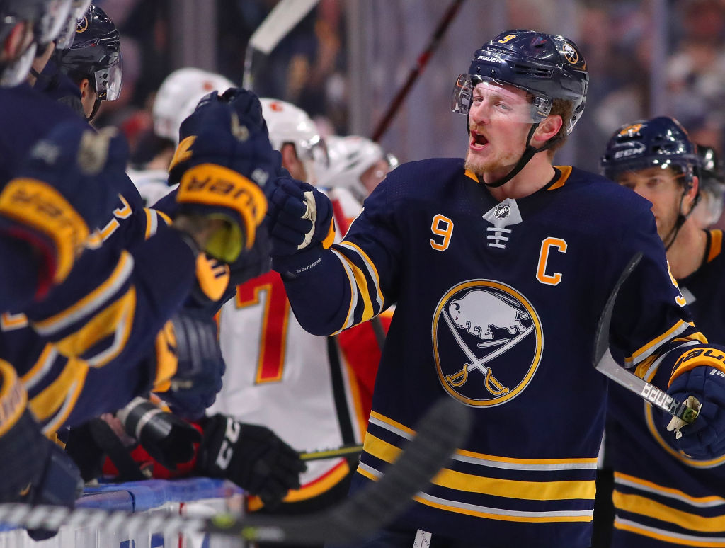 Eichel's goals are to keep shooting, start scoring