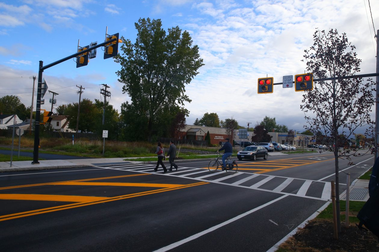 Main Street Auto >> HAWK traffic device coming to busy Main Street in ...