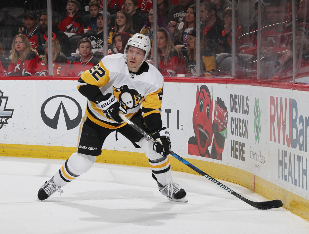 Matt Hunwick played 42 games for Pittsburgh last season before being traded to the Sabres. (Getty Images)