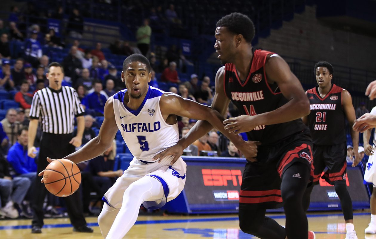 Ub Men S Basketball Ranked In Top 25 For First Time The Buffalo News