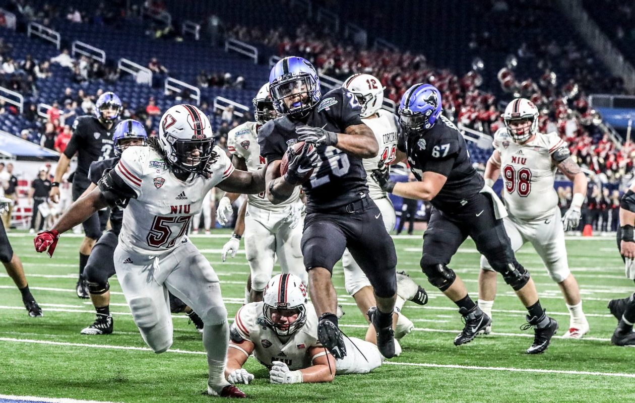 UB running back Jaret Patterson leads the Bulls with 946 rushing yards. (James P. McCoy/News file photo)
