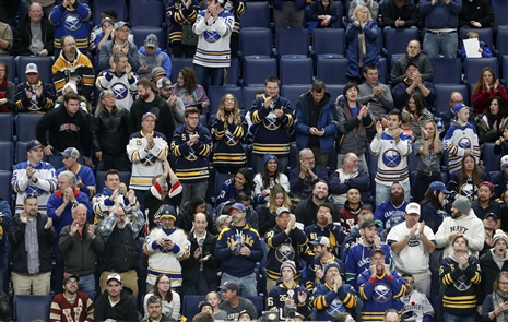 Sabres' 10-game win streak in pictures