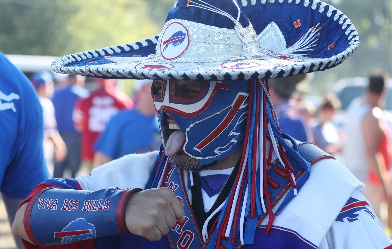 Ezra Castro, known as Buffalo Bills' superfan Pancho Billa,  talks to fans before the Bills home opener against the Los Angeles Chargers in week two. (James P. McCoy/News file photo)