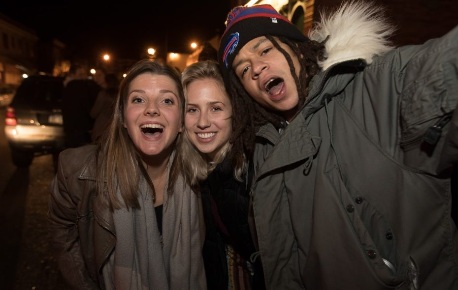 Smiling faces on Thanksgiving Eve 2017 in Allentown, which will bustle again this year. (Chuck Alaimo/Special to The News)