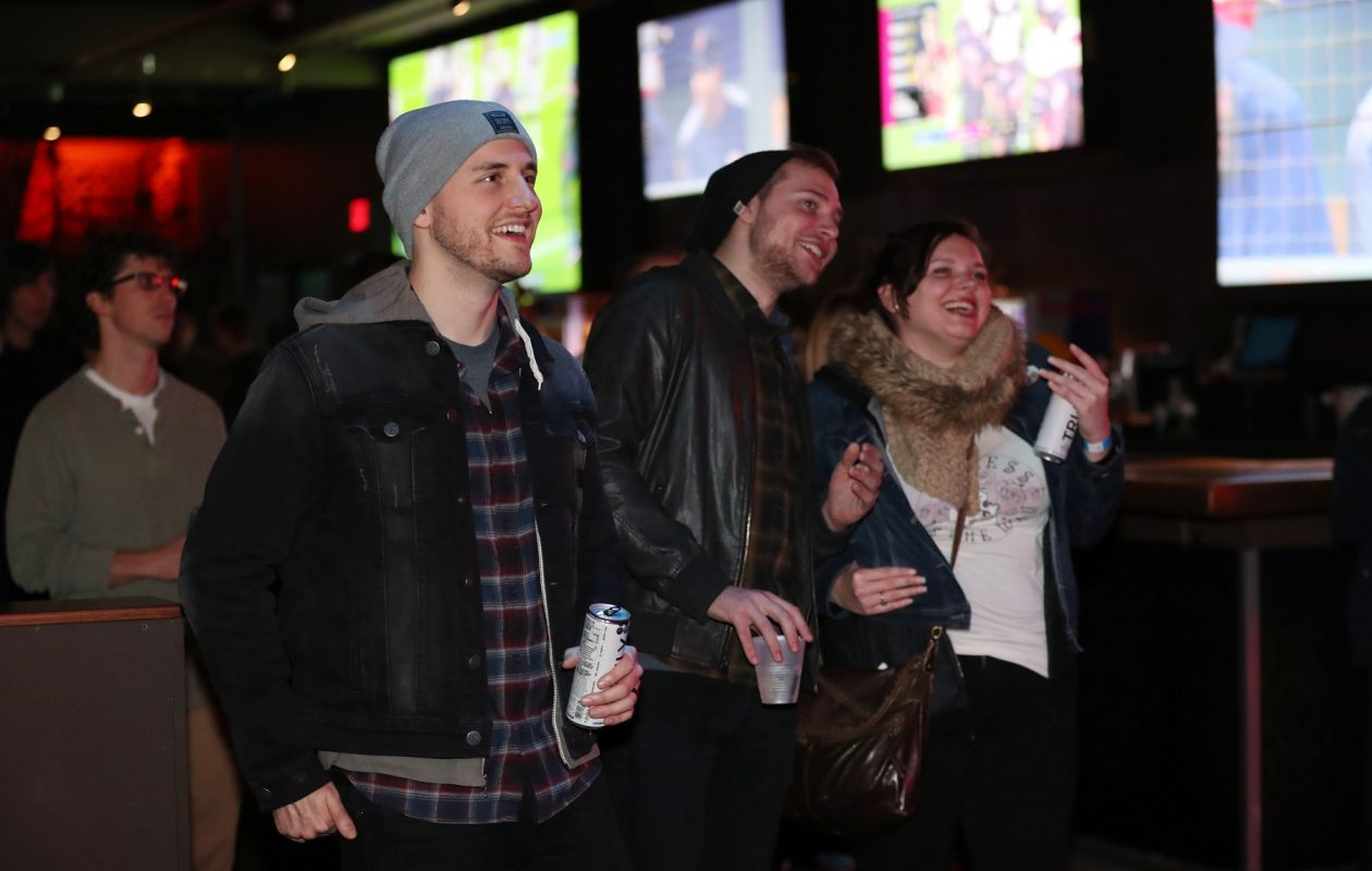 Rec Room's Live Band Karaoke, focused on '90s and '00s songs, will be a Friday-night hit. (Sharon Cantillon/News file photo)