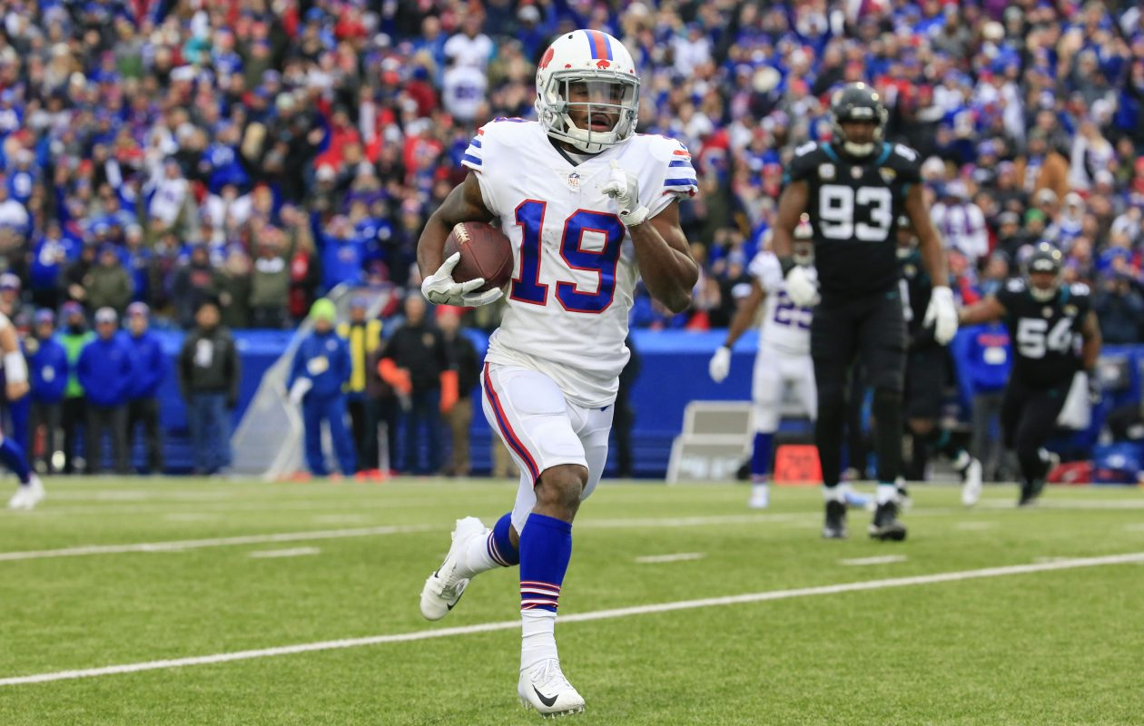Buffalo Bills wide receiver Isaiah McKenzie (19) runs into the end zone for a touchdown against the Jacksonville Jaguars during the first quarter at New Era Field in Orchard Park, Sunday, Nov. 25, 2018. (Harry Scull Jr./Buffalo News)