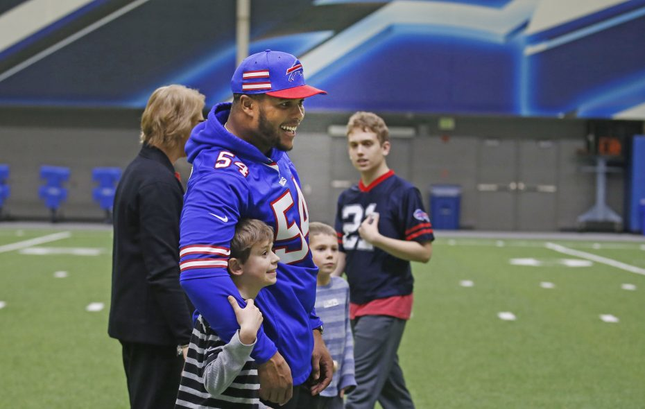 huge discount db91f 8fb7a Bills' Eddie Yarbrough gives back with involvement in ...