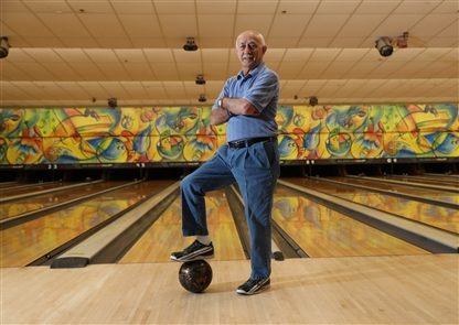 Vince Capaldi, 86, of Niagara Falls is the oldest person in the U.S. to bowl an 800 series. He bowled an 804 on Oct. 5, 2018, at Rapids Bowling Center in Niagara Falls. Cesare Svizzero, who will turn 98 on Dec. 3, bowls an average of 164.