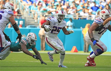 Miami Dolphins 21, Buffalo Bills 17