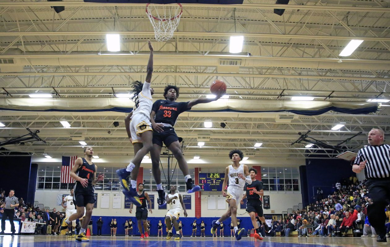 Park guard Keonjay Carter drives to the basket against Niagara Falls (Harry Scull Jr./ Buffalo News)