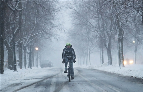 Buffalo awoke to a snowy morning on Thursday, Dec. 6, 2018, as lake-effect bands settled over the area, slowing the morning commute and blanketing the ground. The storm moved into the Northtowns in the late morning and is expected to pass through metro Buffalo in the afternoon and settle into the Southtowns in the evening.