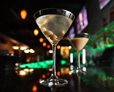 D-Tour Martini Bar: bar feature
