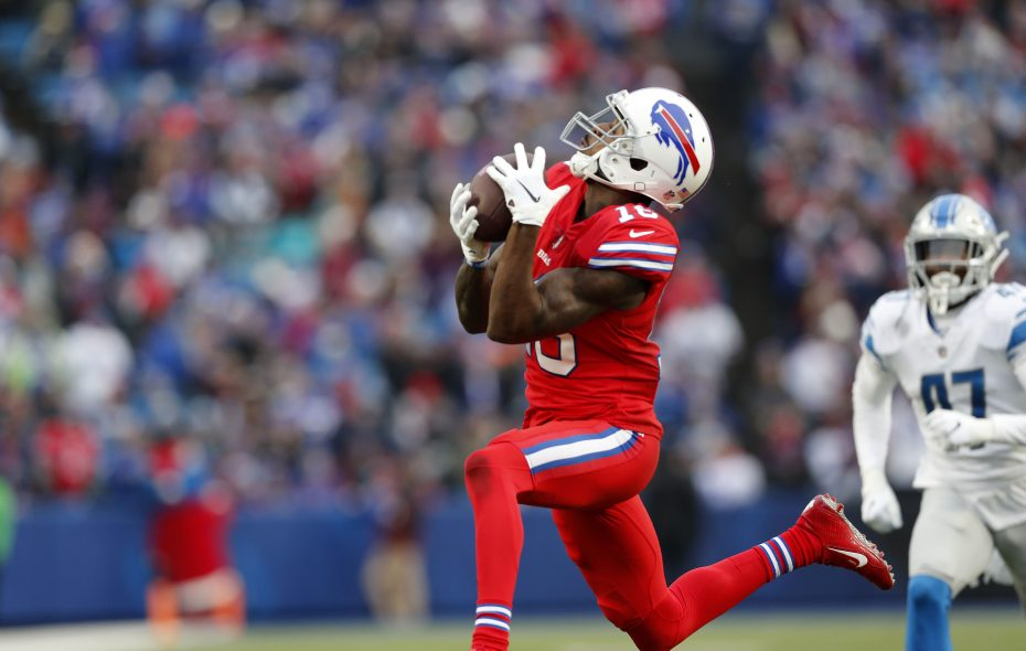 Robert Foster catches a 42-yard TD pass in the fourth quarter at New Era Field. (Mark Mulville/Buffalo News)