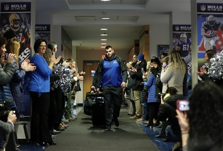 The University at Buffalo football team departs for the Dollar General Bowl on Tuesday, Dec. 18, 2018.