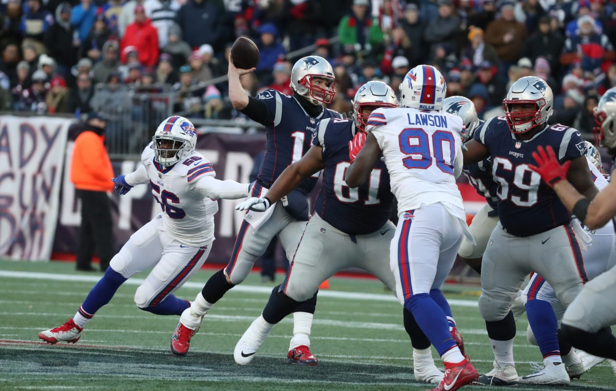 Patriots quarterback Tom Brady managed to avoid pressure from the Bills. (James P. McCoy/Buffalo News)