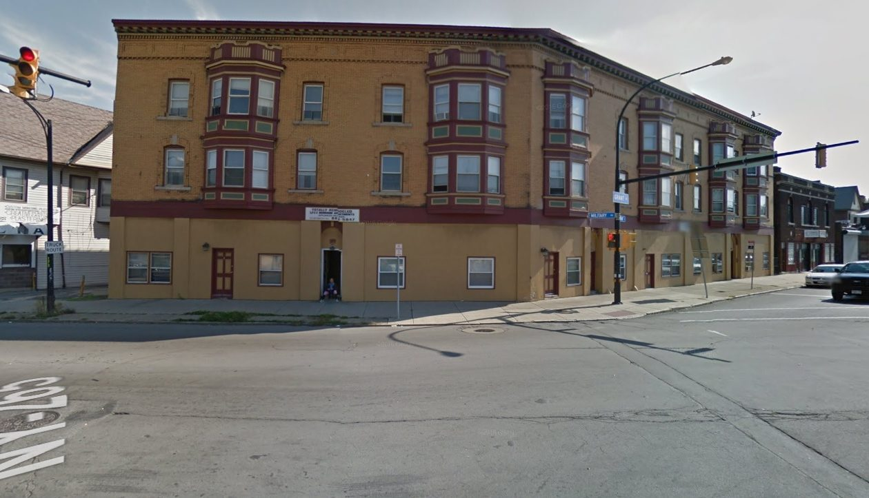 A Nashville investor bought this Grant Street apartment building. (Image via Google)