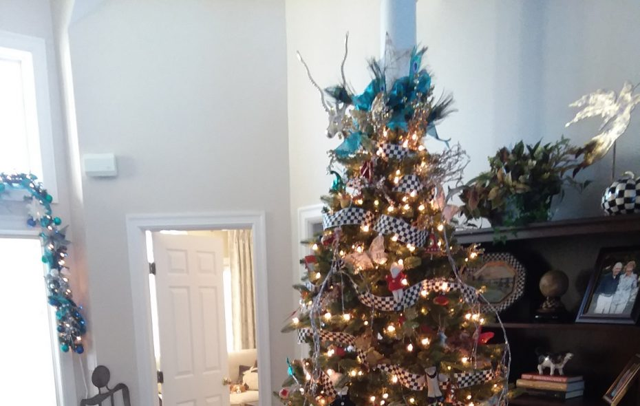 Home of the Week: Do-it-herself Christmas decor