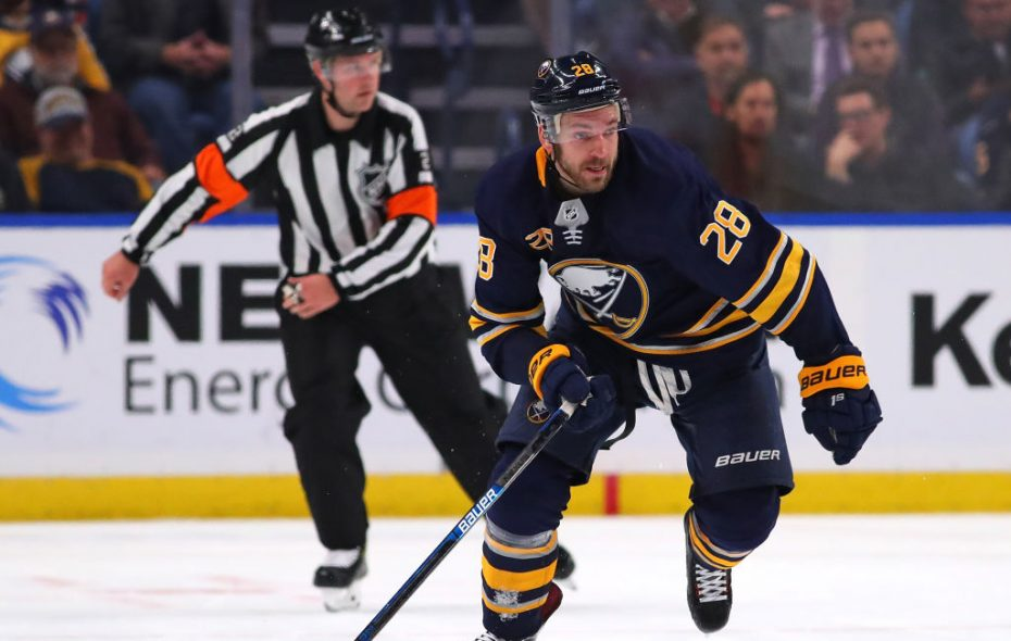 Sabres winger Zemgus Girgensons signed a one-year contract with the Sabres. (Getty Images)