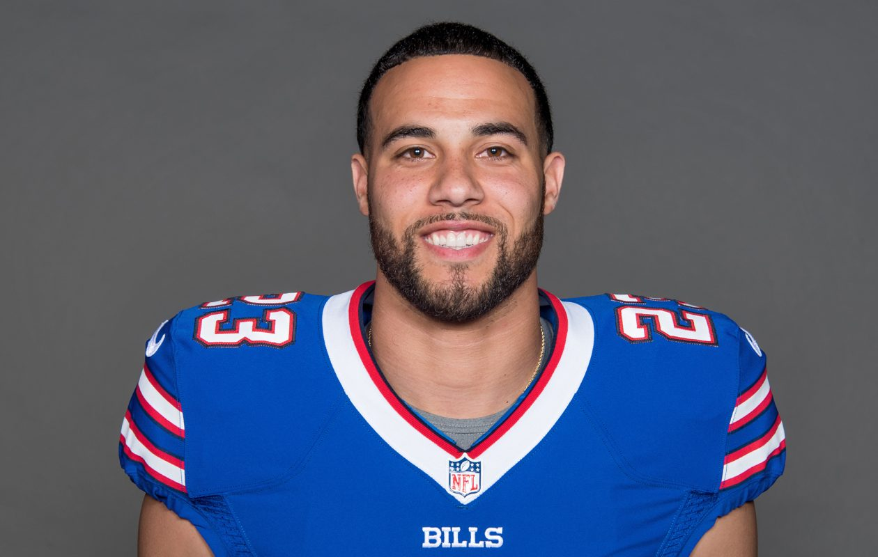 Bills safety Micah Hyde shares his New Year's resolutions. (Craig Melvin, Buffalo Bills)