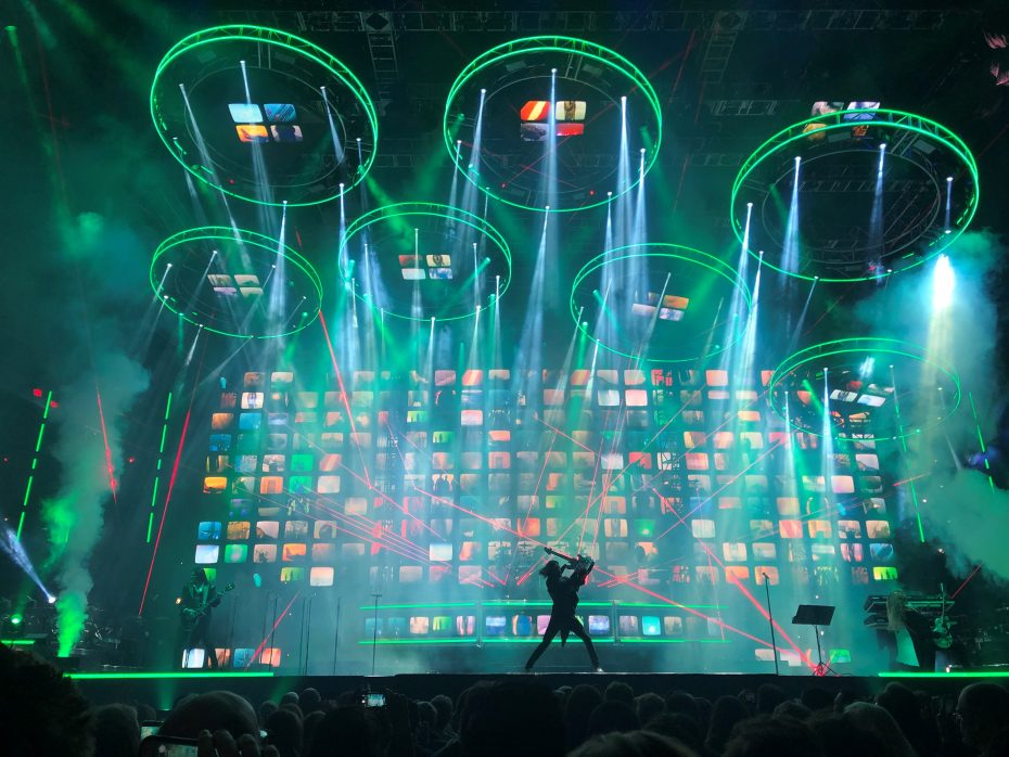 trans siberian orchestra lights up keybank center with annual holiday event the buffalo news. Black Bedroom Furniture Sets. Home Design Ideas