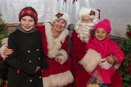 From visits with Santa to a candle-lighting ceremony to live music and refreshments, Roswell Park Comprehensive Cancer Center presented its family-friendly Tree of Hope event on Friday, Dec. 14, 2018.