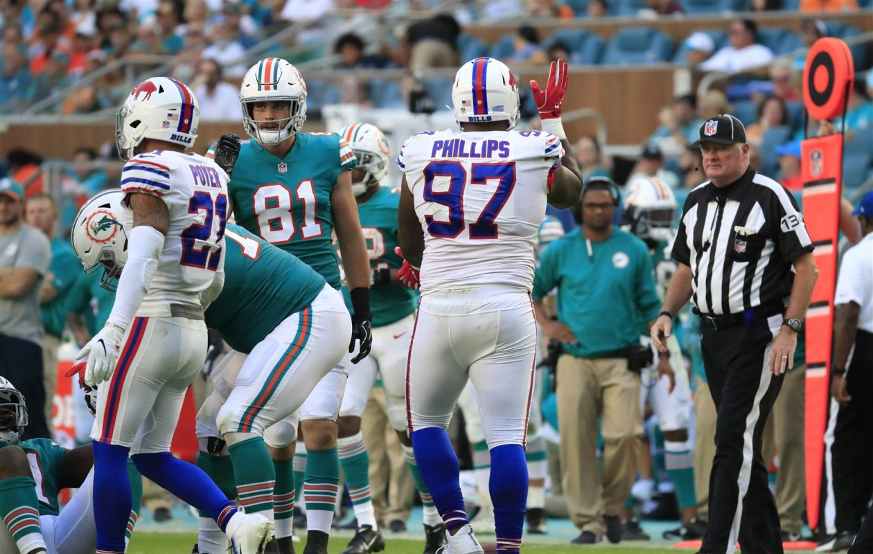 Bills defensive tackle Jordan Phillips had a costly penalty Sunday against his former team, one of 13 flags against Buffalo. (Harry Scull Jr./Buffalo News)
