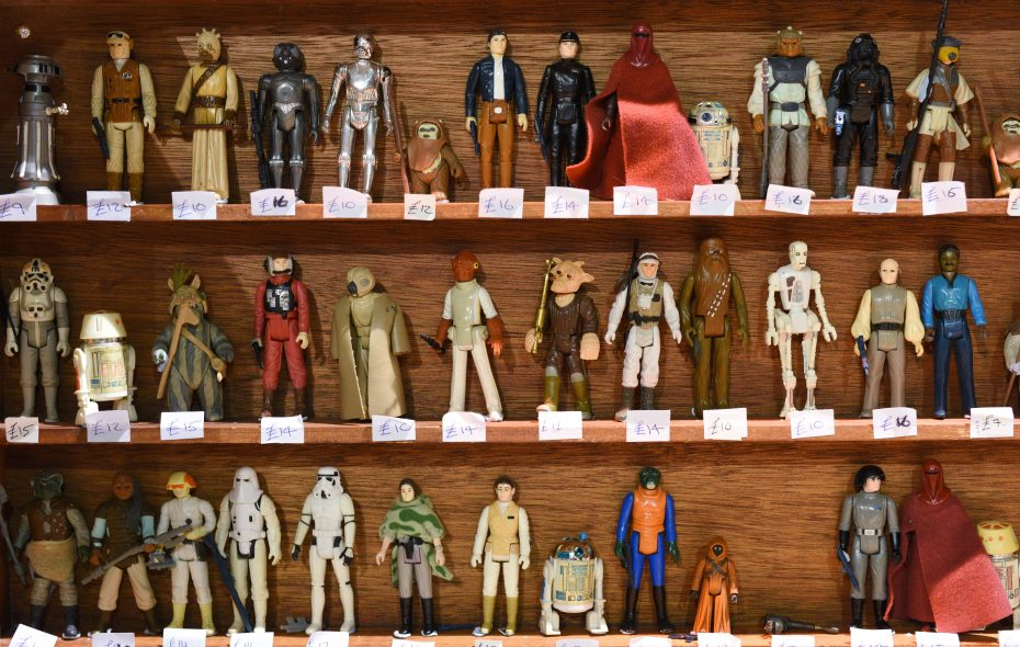 Star Wars action figures for sale at a sci-fi convention. (Getty Images)