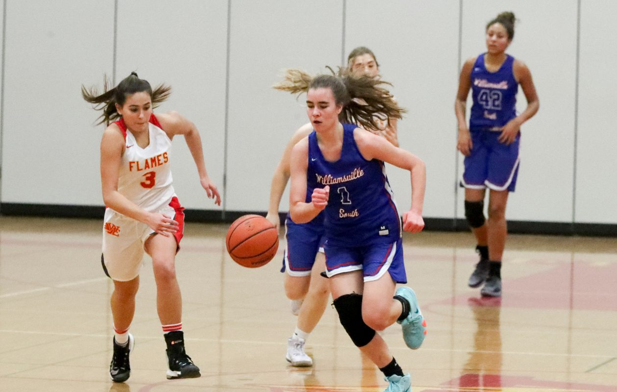 Hannah Dolan and the Williamsville South Billies are ranked No. 3 among large schools in this week's girls basketball poll. (James P. McCoy/Buffalo News)