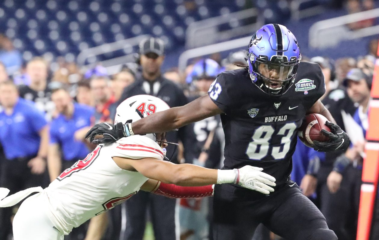 Buffalo Bulls wide receiver Anthony Johnson catches a pass for a first down past Northern Illinois Huskies cornerback Jalen McKie in the MAC Championship Game at Ford Field in Detroit , Mich. on Friday, Nov. 30, 2018. (James P. McCoy/News file photo)