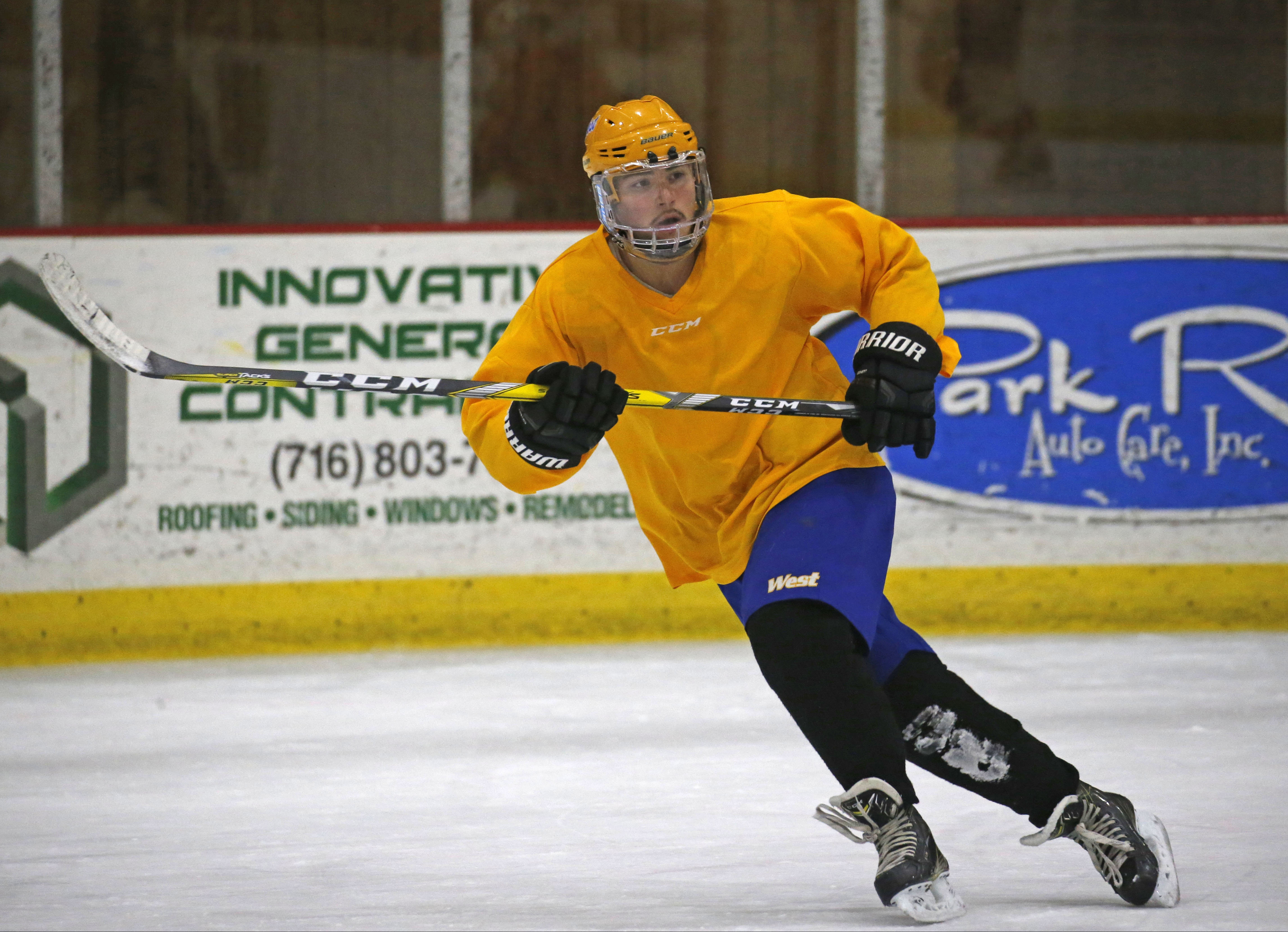 West Seneca Wests Mike Velasquez Back To Making Memories On Ice