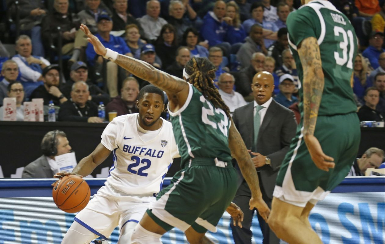Buffalo's Dontay Caruthers scored 12 points, including eight in the first half in an 88-79 win Friday at Kent State. (Robert Kirkham/News file photo).