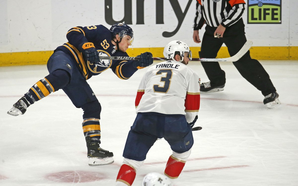 Sabres winger Jeff Skinner scores in the third period Thursday in KeyBank Center. (Rober Kirkham/The Buffalo News)