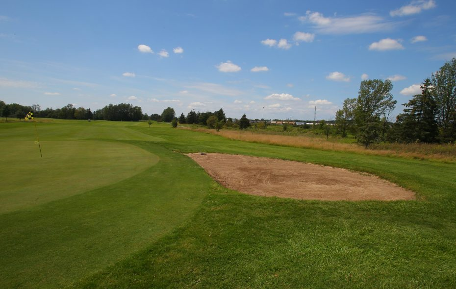 A view beside the 7th green at Hyde Park Golf Course in Niagara Falls. (Buffalo News file photo)