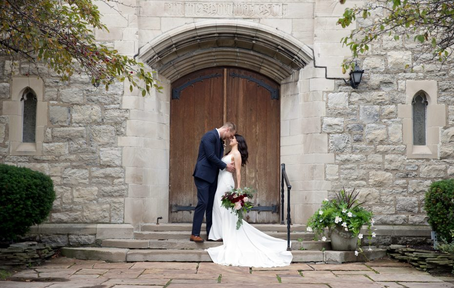 WNY Wedding: Sharing the moment