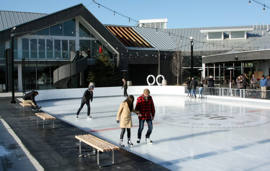 Take to the ice at Wayne Gretzky Estates, then defrost with one of their warm cocktails at the Whiskey Bar. (Courtesy of Wayne Gretzky Estates)