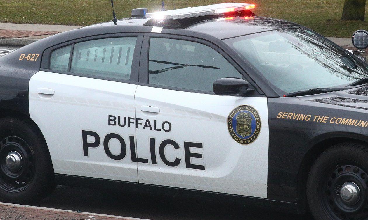 Buffalo man wounded by gunshots on Rawlins Avenue