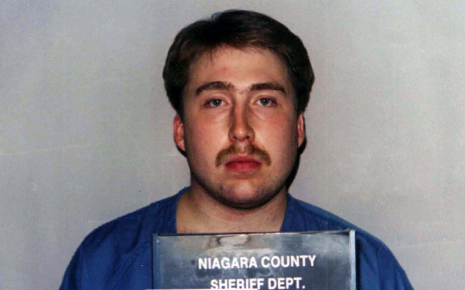 Notorious Falls killer William Shrubsall set to leave Canadian prison Friday