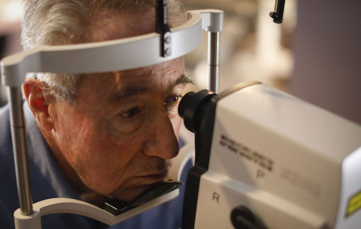 An eye specialist can diagnose and treat macular degeneration. (Derek Gee/News file photo)