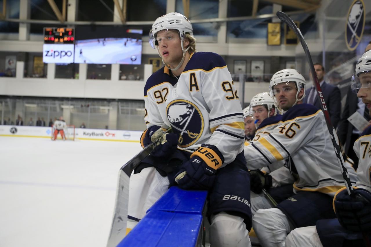 Sabres-Bruins-Nylander-Scull