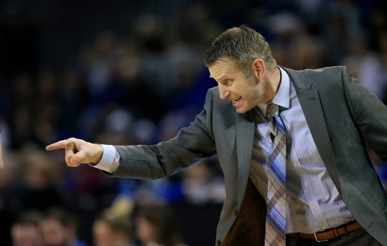 Buffalo coach Nate Oats is hoping to land a three-star recruit from Nevada. (Harry Scull Jr./News file photo)
