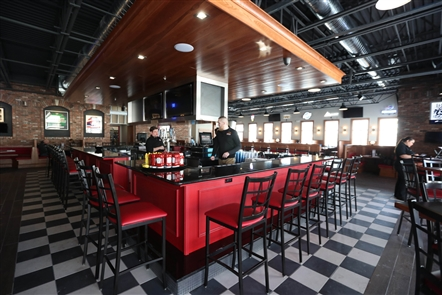 Imperial Pizza's new dining room