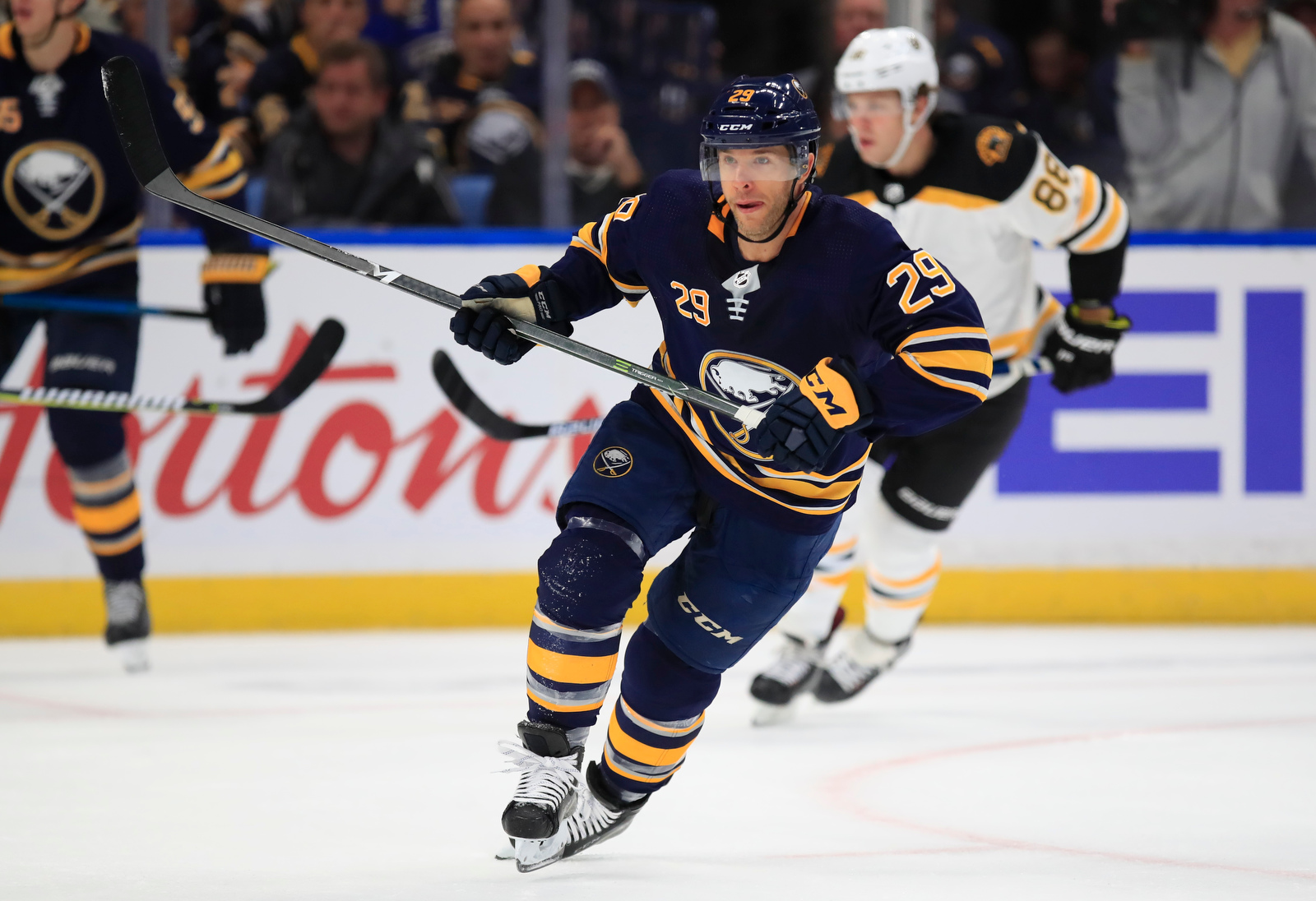 Sabres-Pominville-Scull