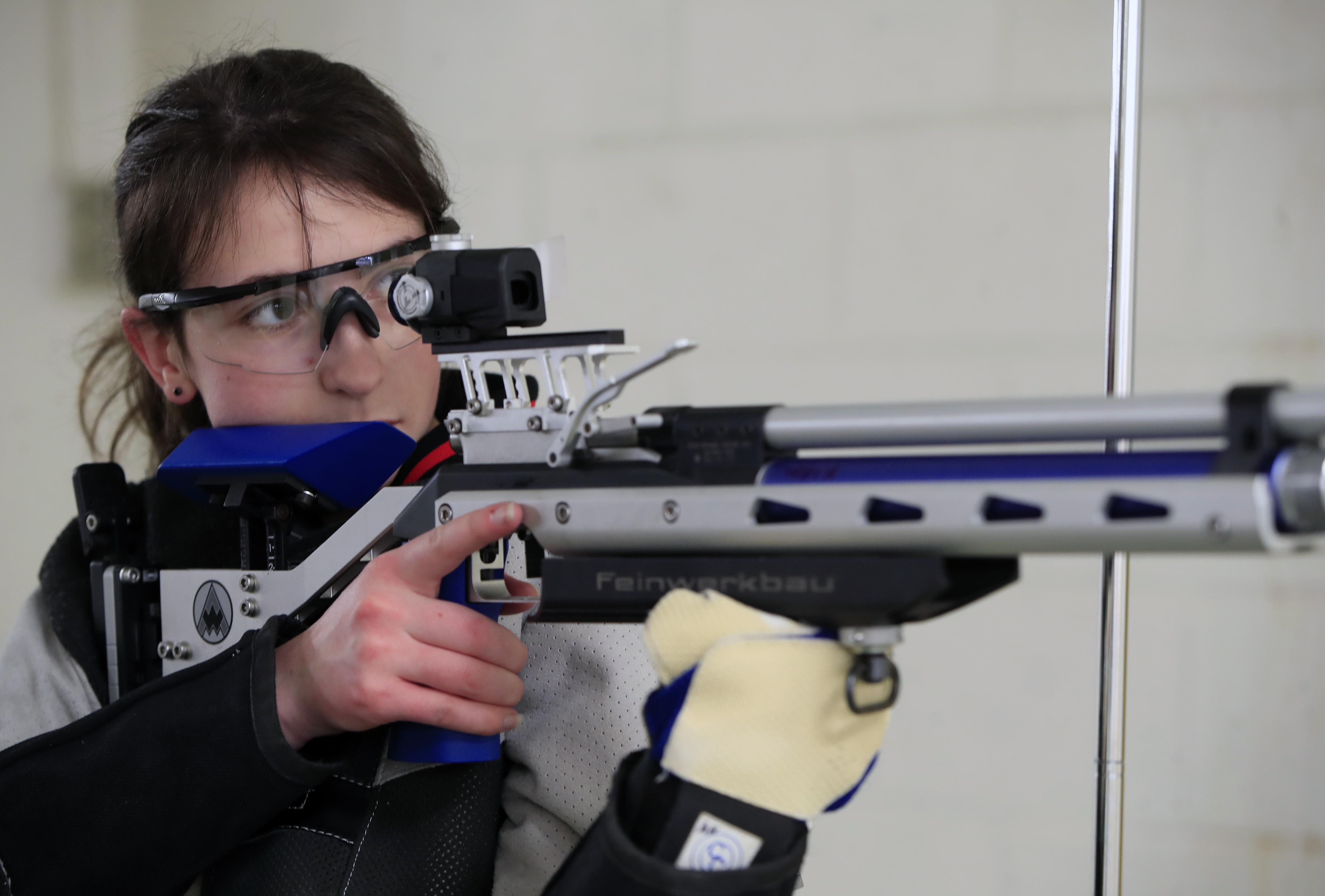 State champion Alexis Kirk aims for more success with Clarence rifle
