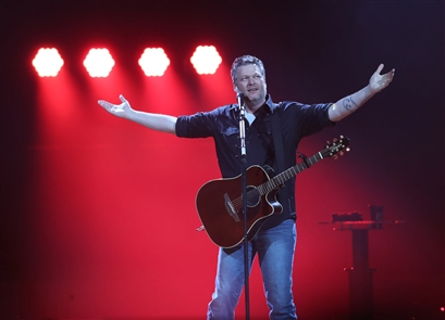 Blake Shelton performs at KeyBank Center for his Blake Shelton Friends and Heroes Tour 2019, Friday, Feb. 22, 2019.