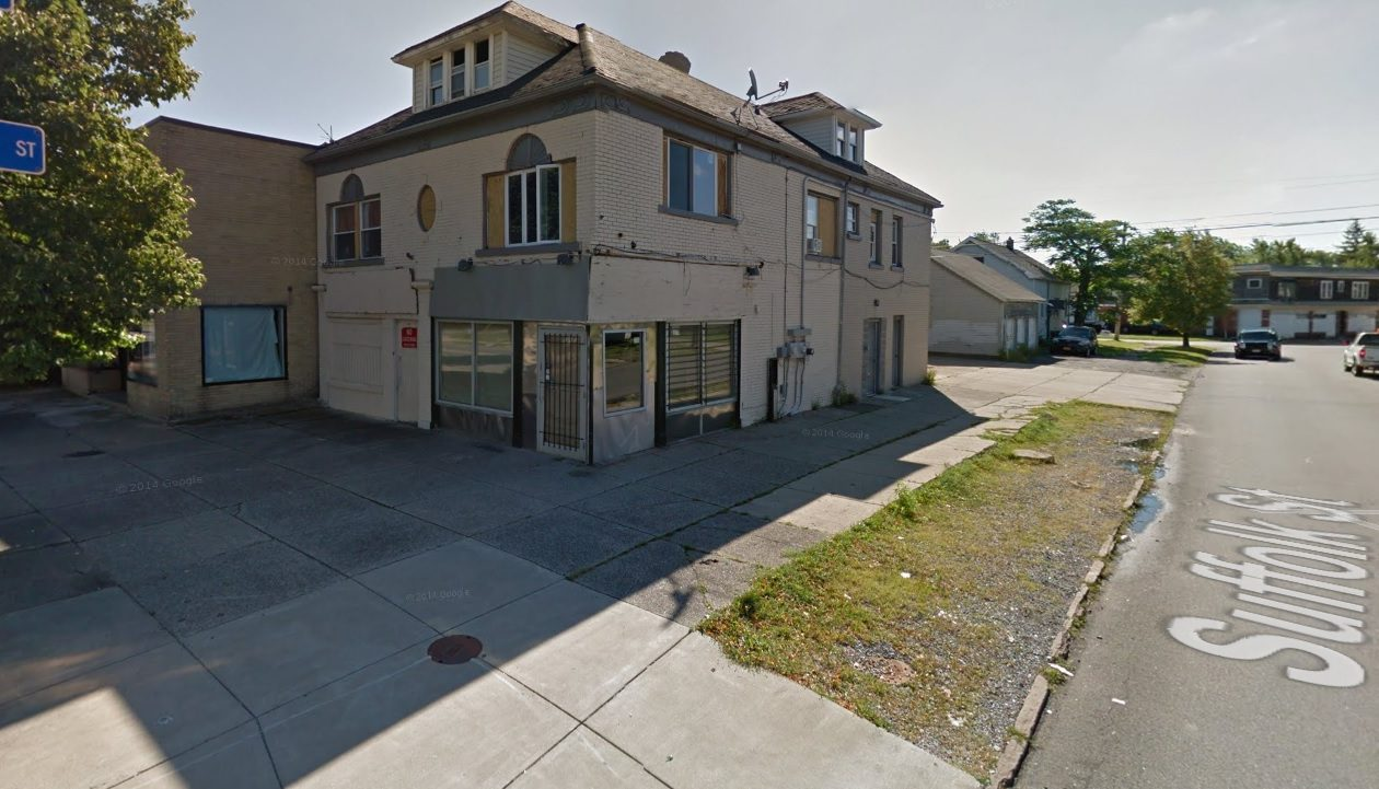 The Buffalo Planning Board urged the Common Council to deny a special-use permit to reopen a food store at this intersection. (Google Maps)