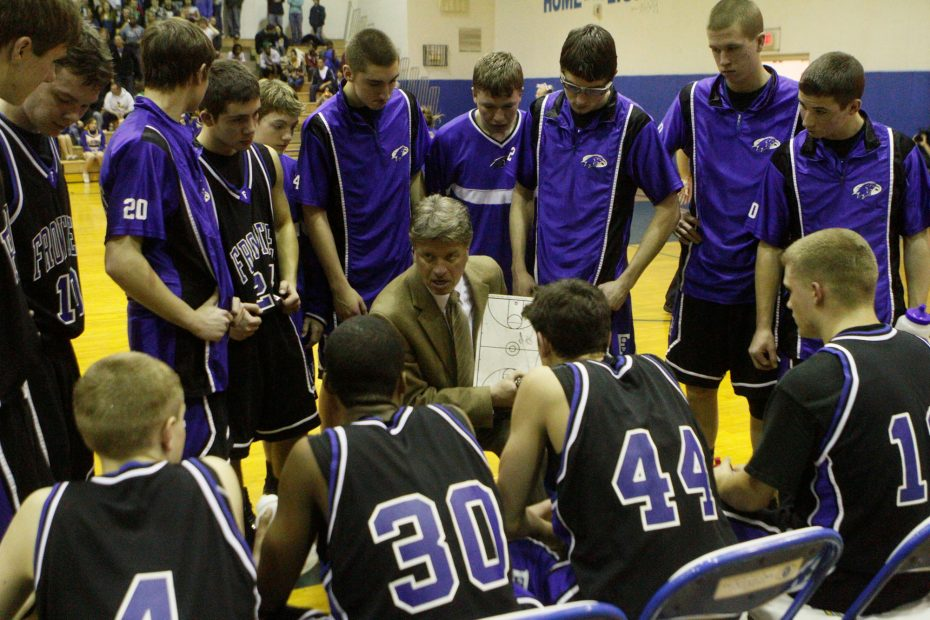 Longtime Frontier basketball coach ready to take a bow as