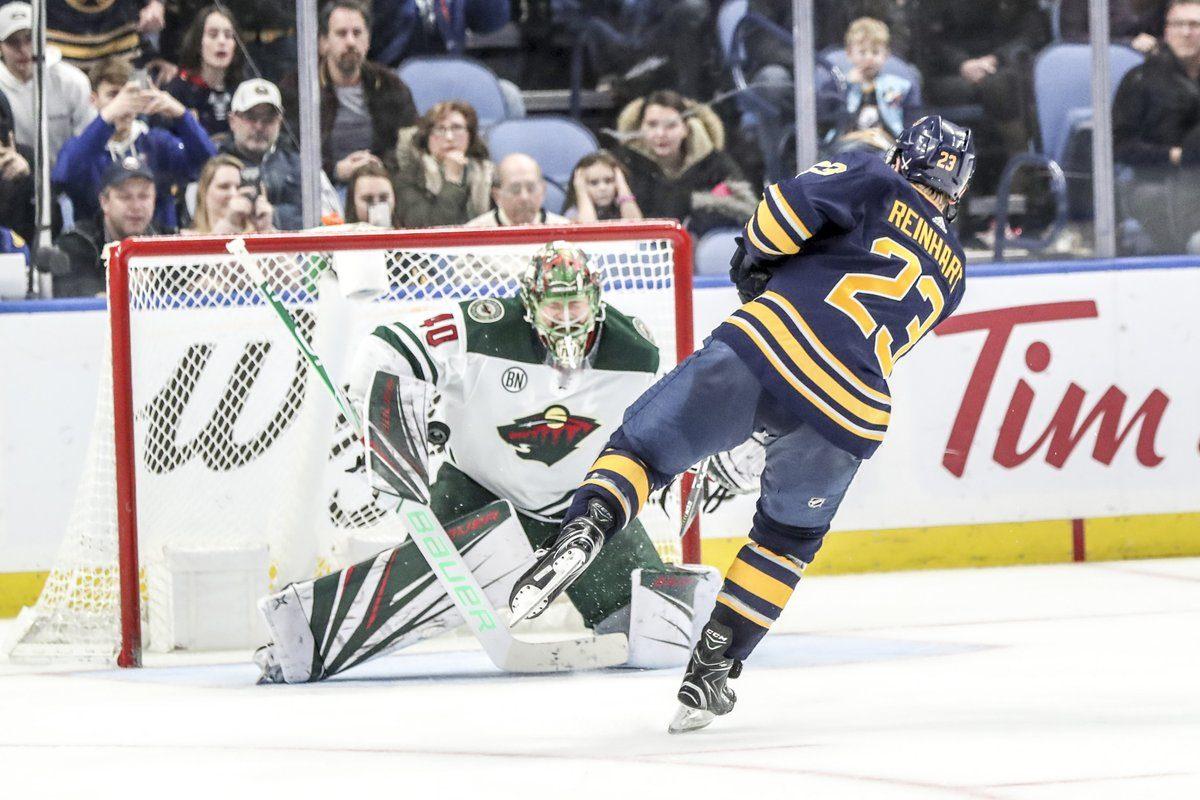 Buffalo Sabres winger Sam Reinhart scores in the third shootout round Tuesday night. (James McCoy/Buffalo News)